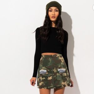 ⭐️ NWT Adidas Camo Mini Skirt